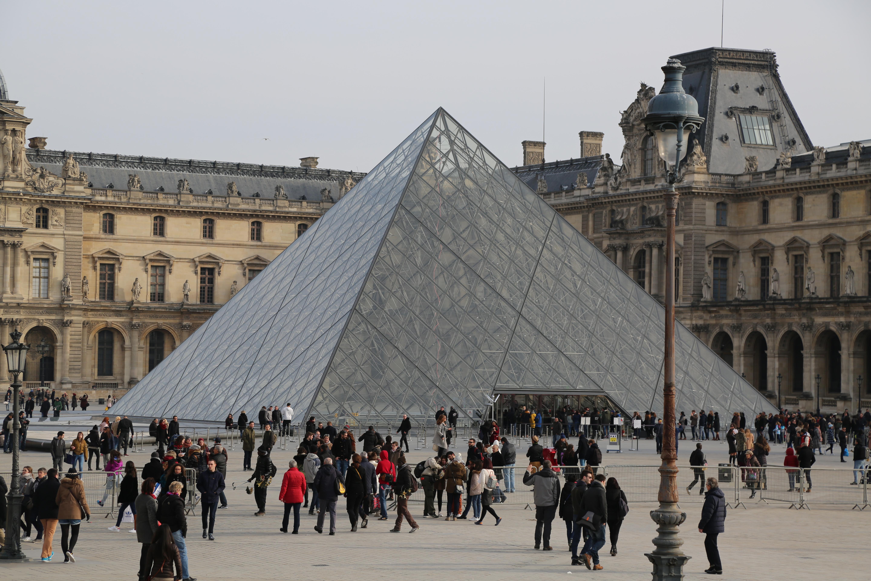 Louvre 112A0345.JPG