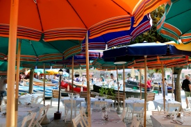 Love the coloured umbrellas.